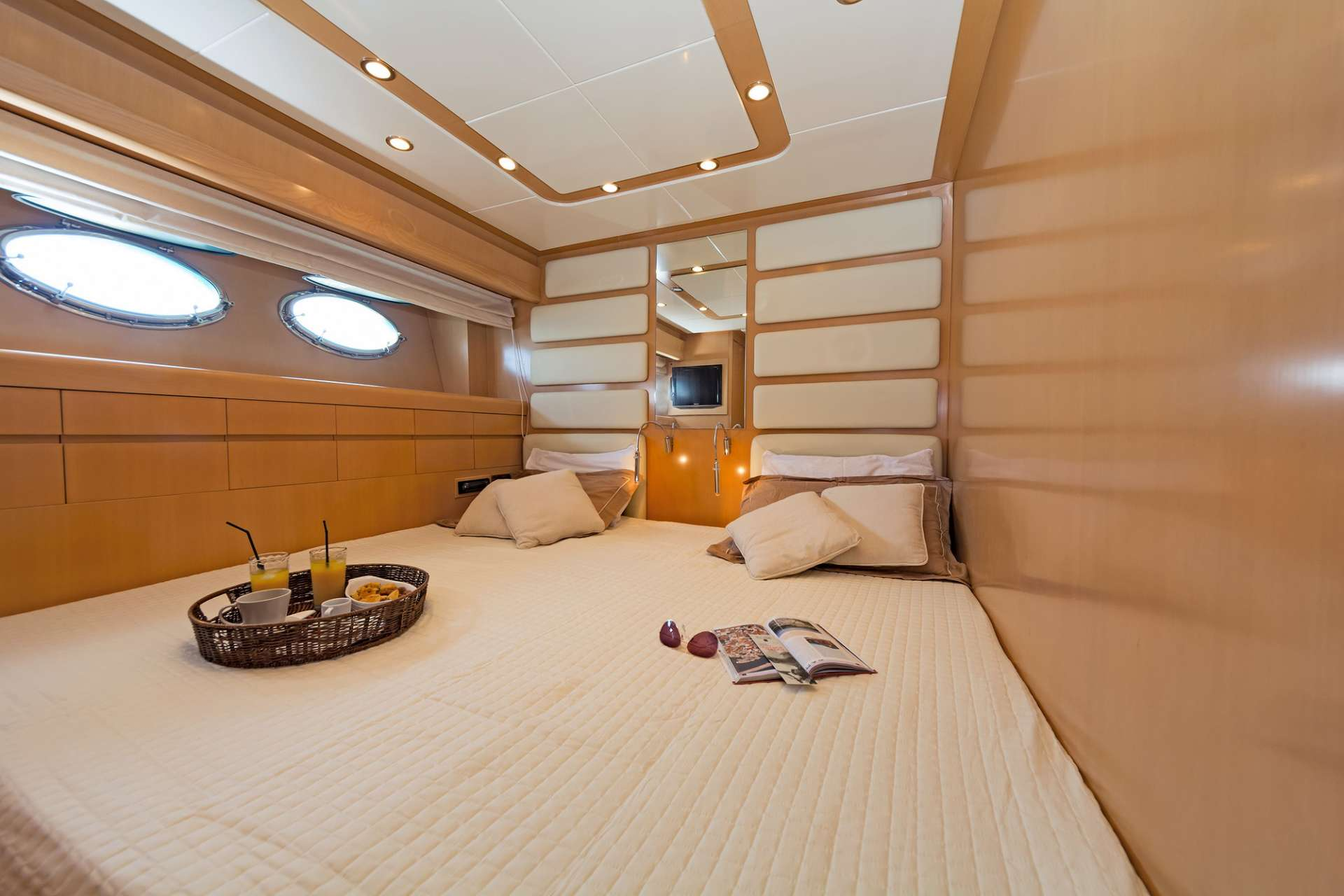 Twin cabin converted to double