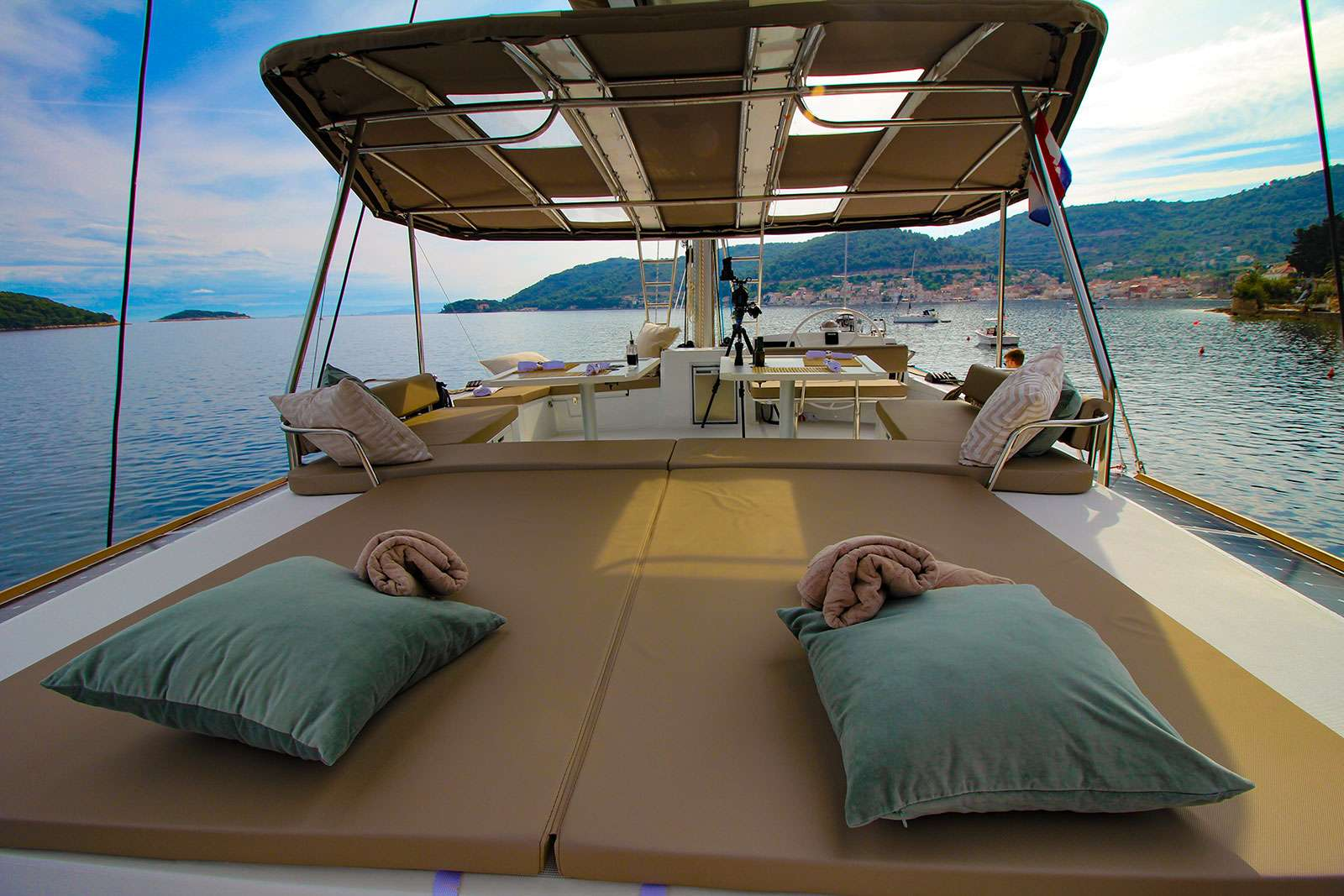 Catamaran Charter Namaste Of Bali (bali 5.4.)