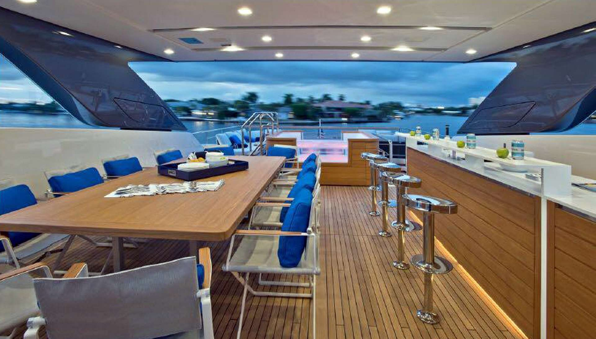 motor yacht MORNING STAR