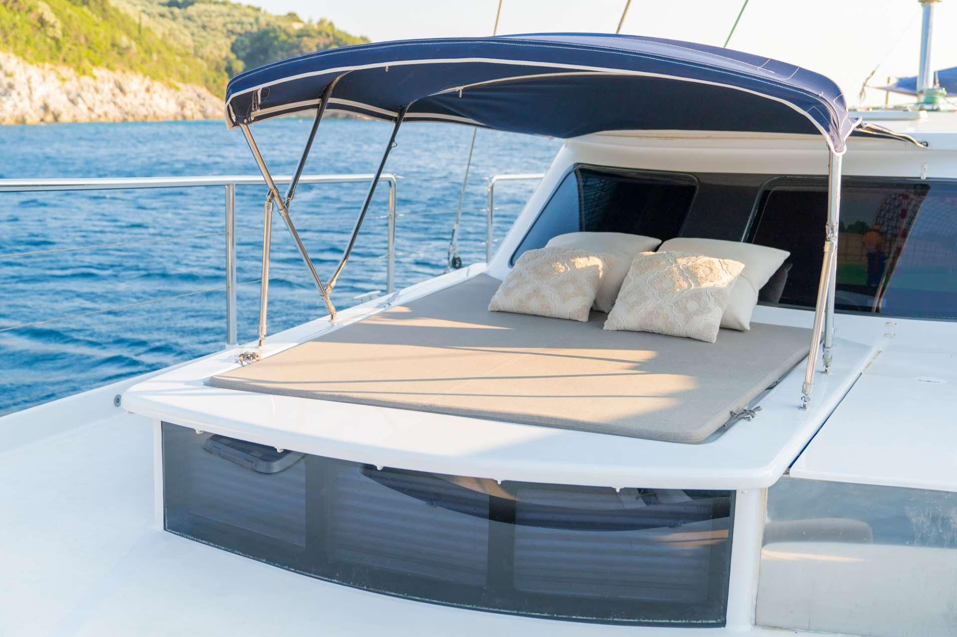 Sailing Yacht Mystique
