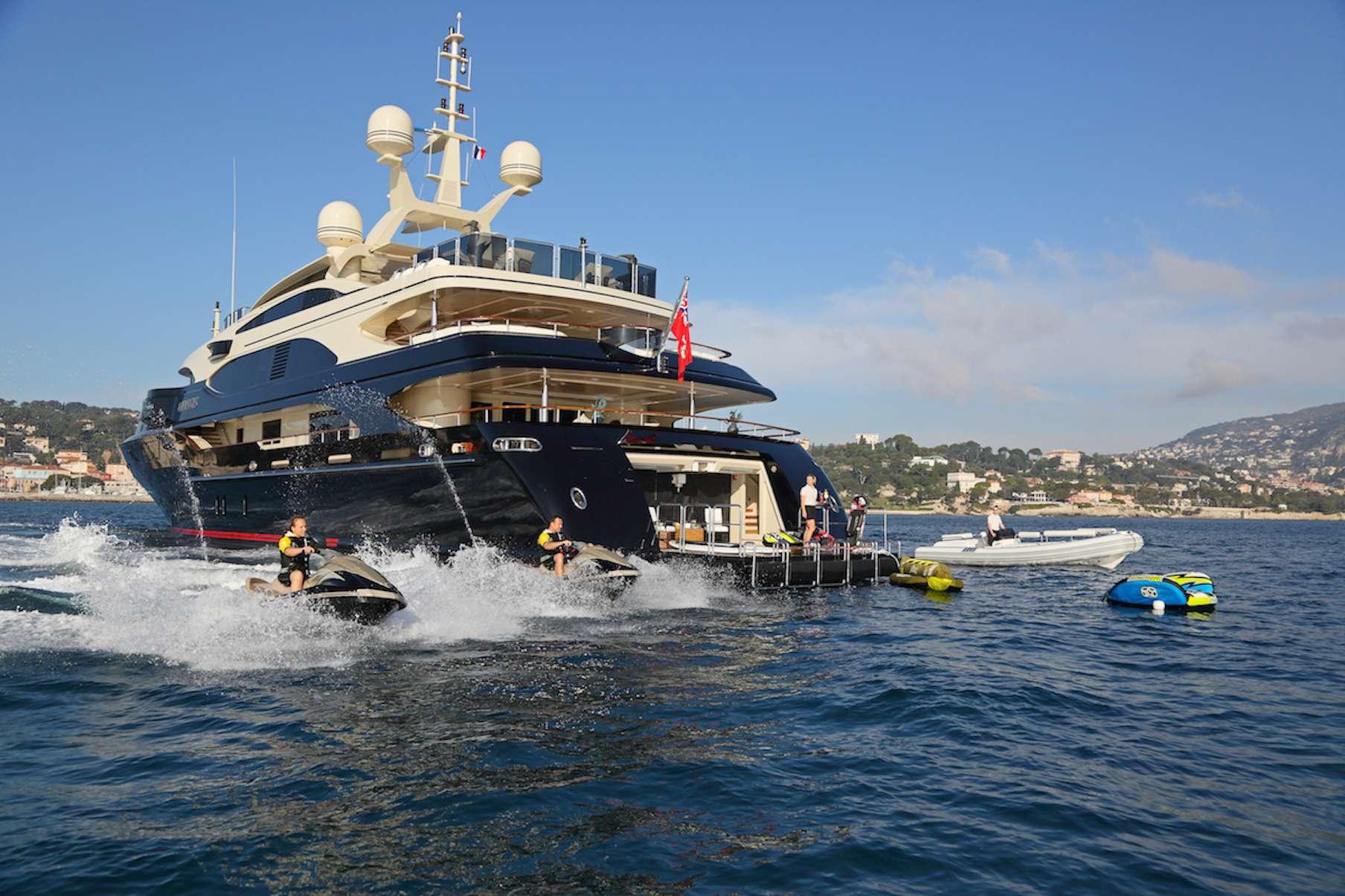motor yacht BASH