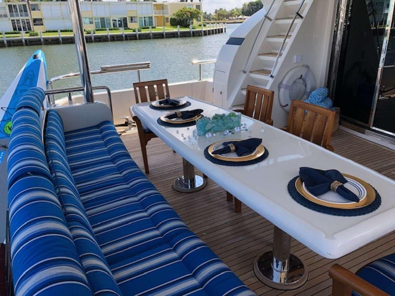 motor yacht ANDIAMO 82
