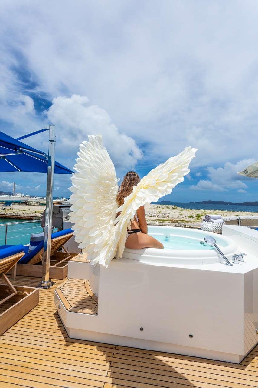 ANGELEYES photo 18