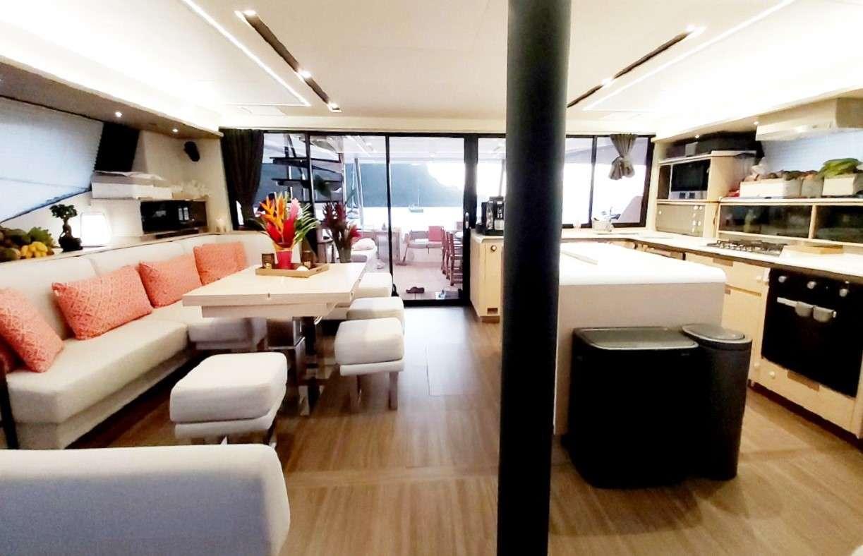 Catamaran Charter Black Cat
