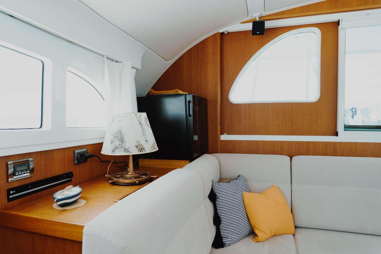 Yacht charter Mala
