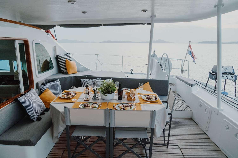 Sailing Yacht Mala