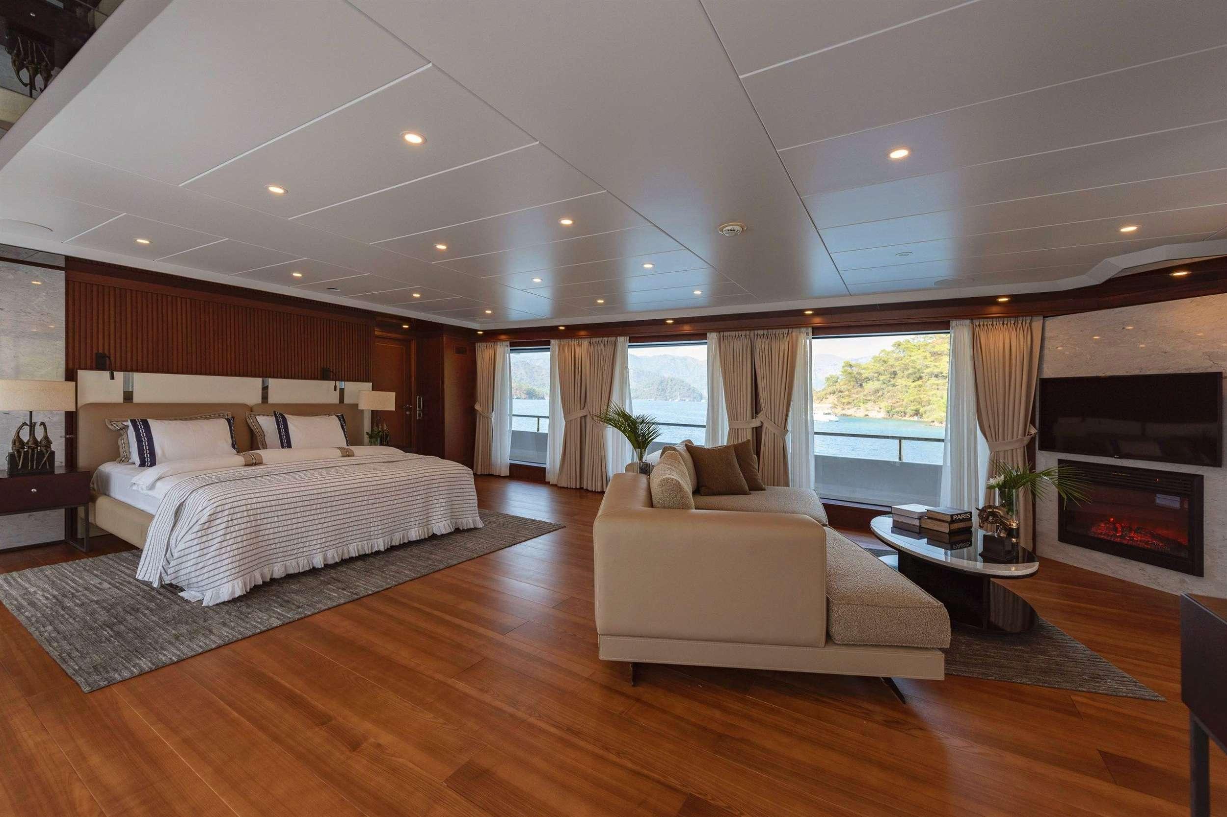 motor yacht SIMAY F