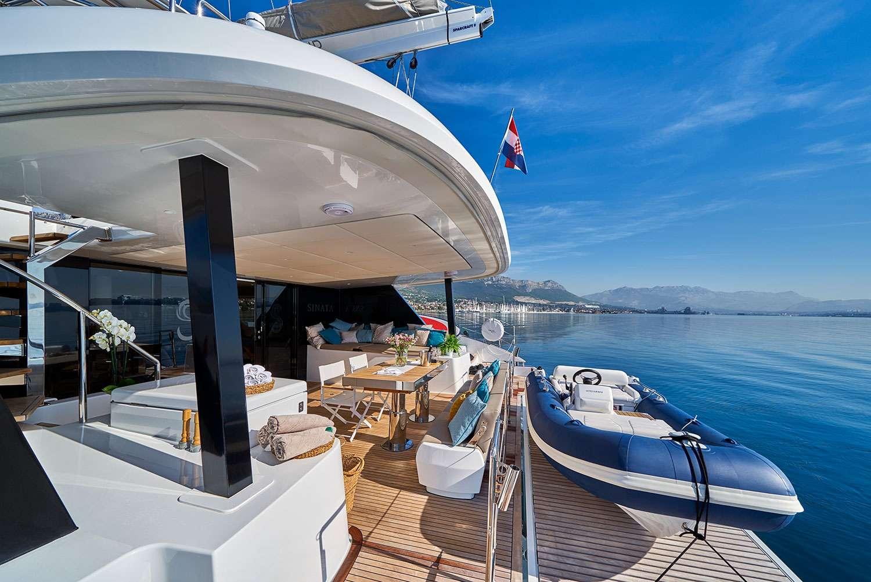 Yacht charter Sinata (sunreef 60)