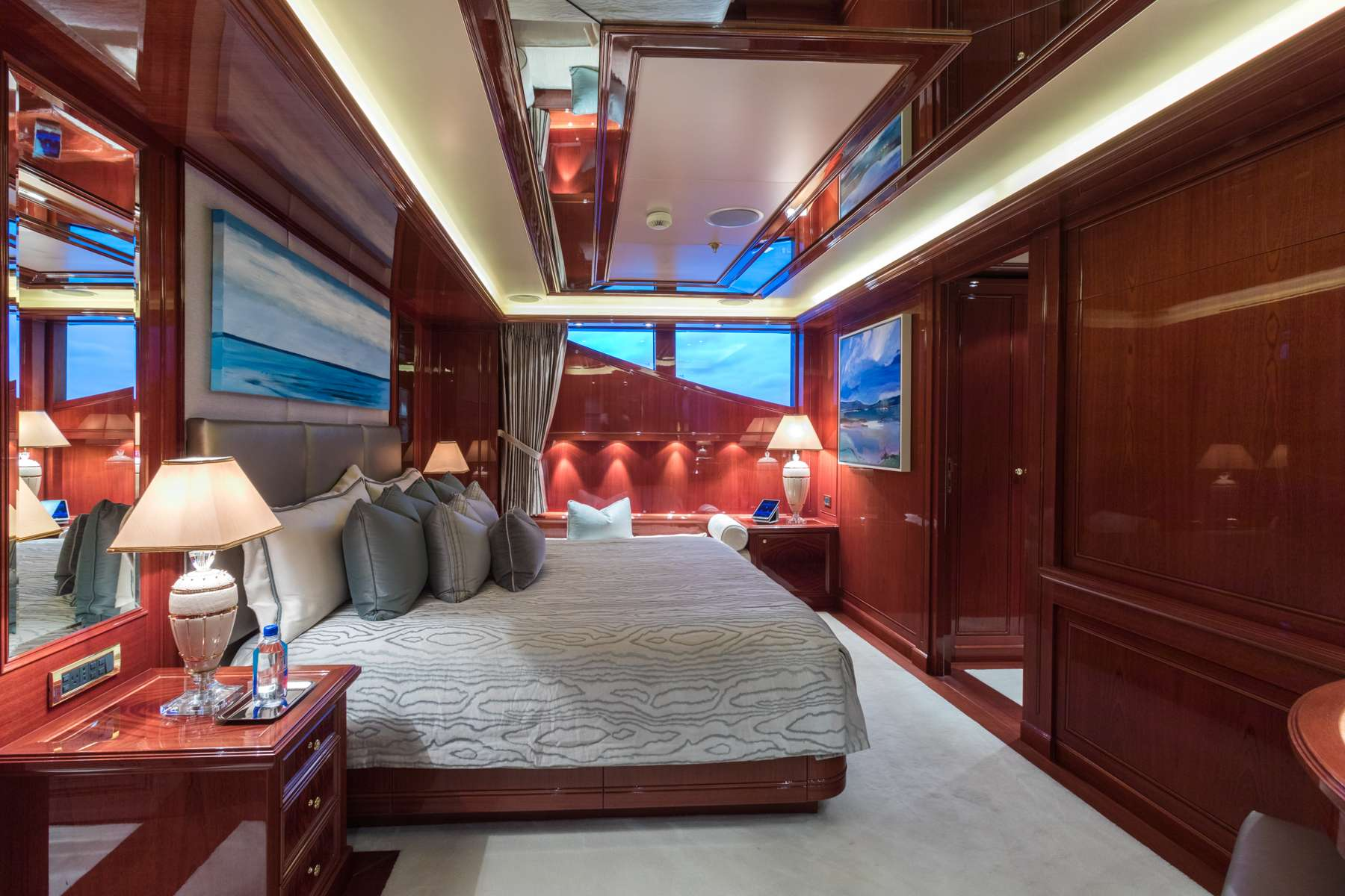 motor yacht DOUBLE DOWN
