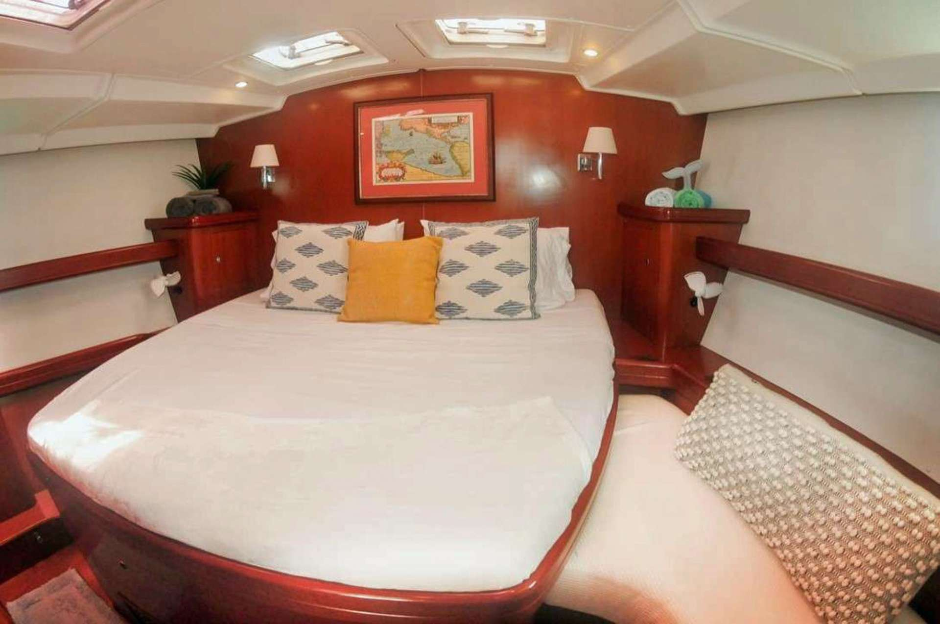 Starboard Master Bed