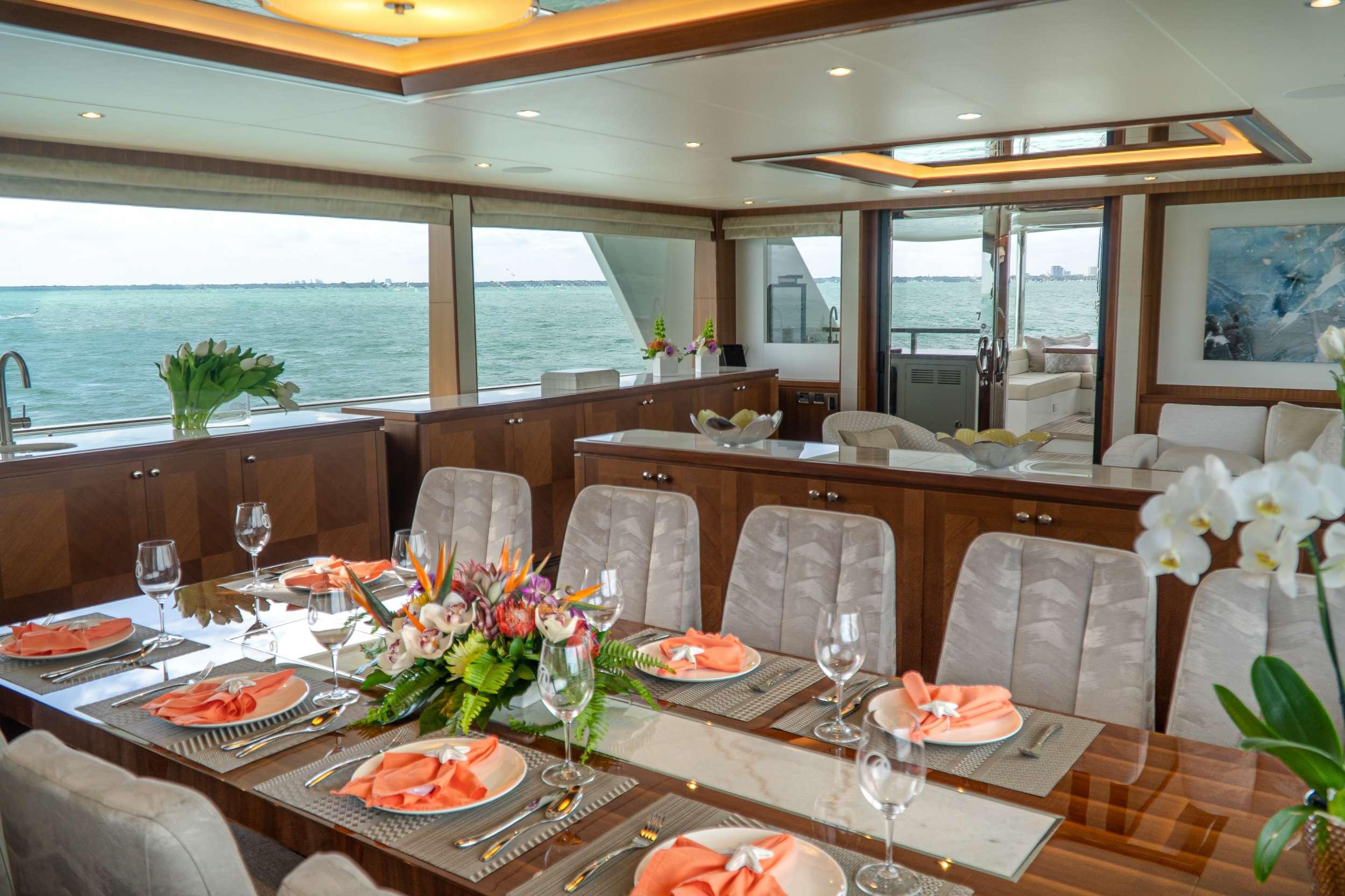 motor yacht ENTREPRENEUR