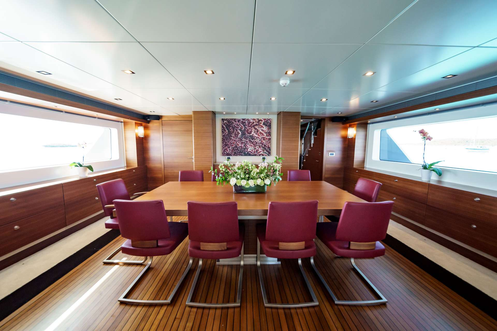 motor yacht SEA AXIS