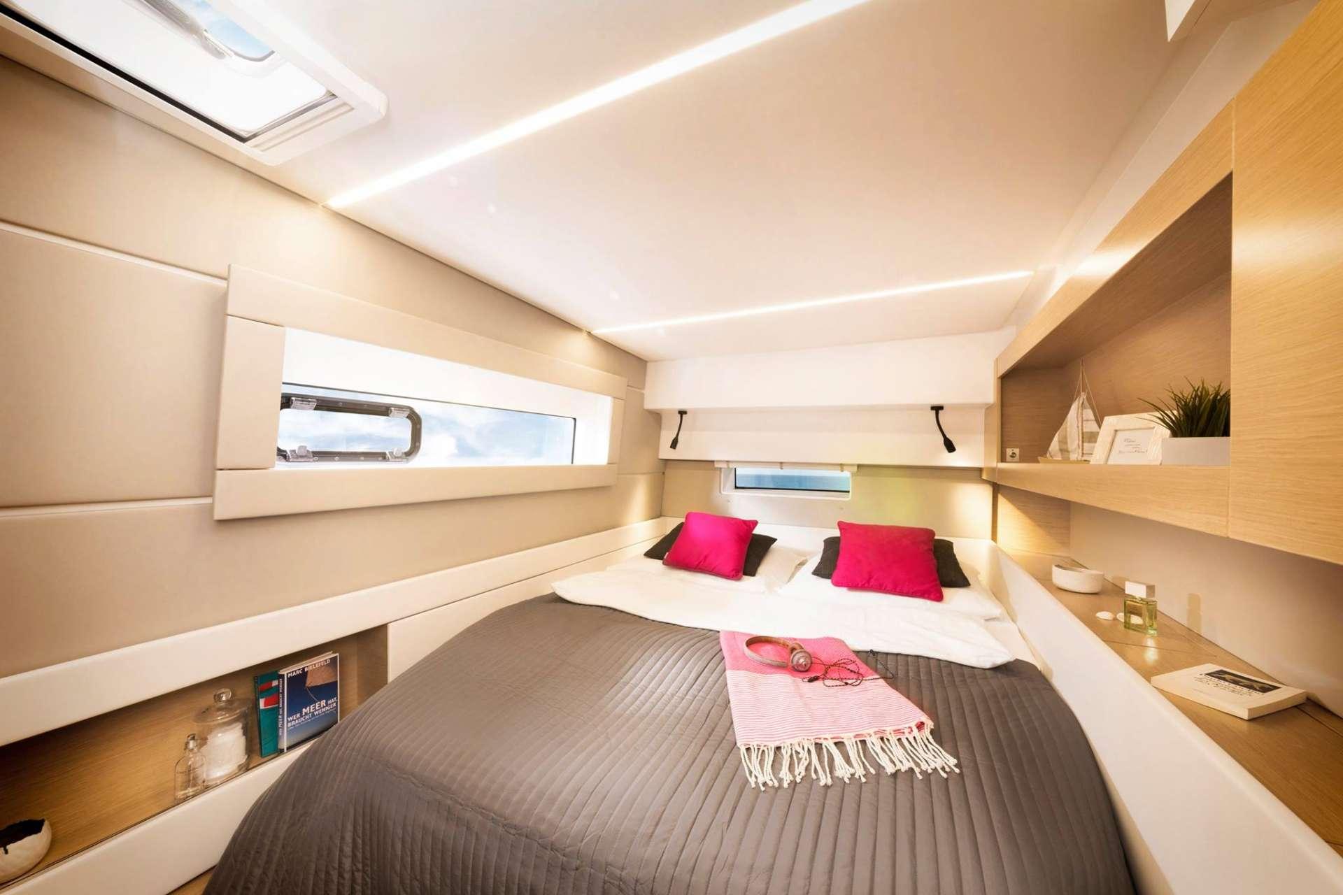 Guest cabin aft starboard side