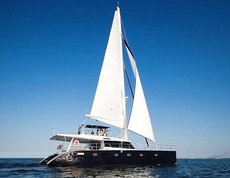Catamaran Charter Soon Come