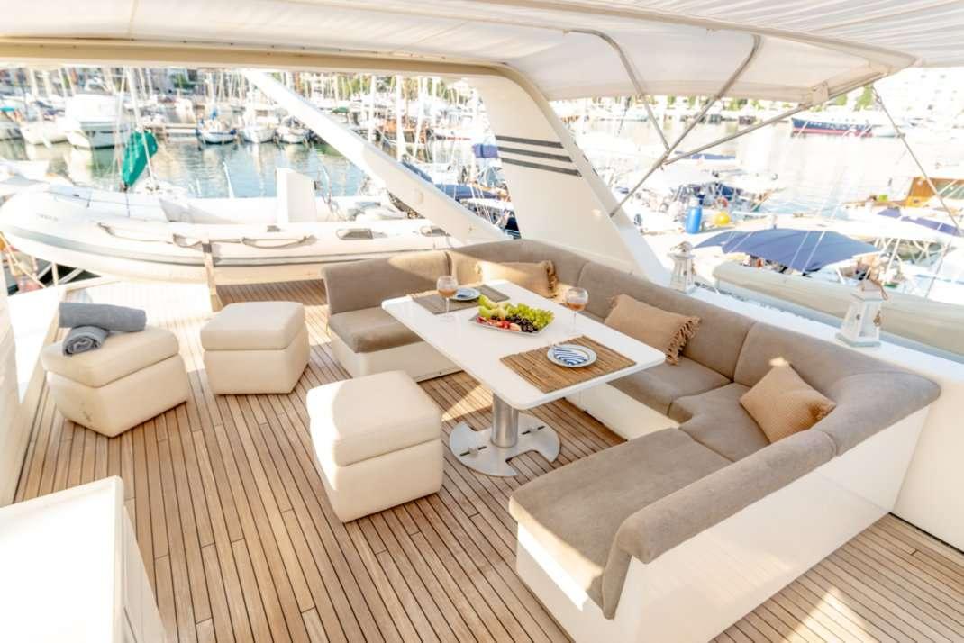 motor yacht AELIA