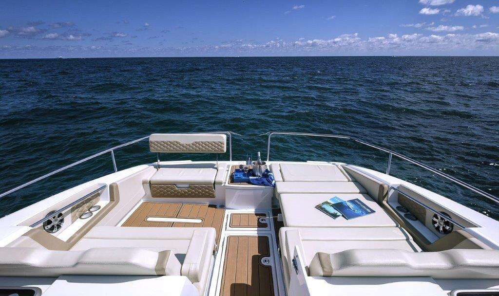 Catamaran Island Bender