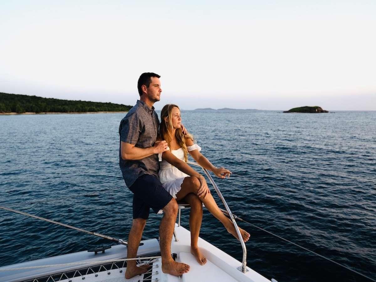 Catamaran Charter Sea Dog