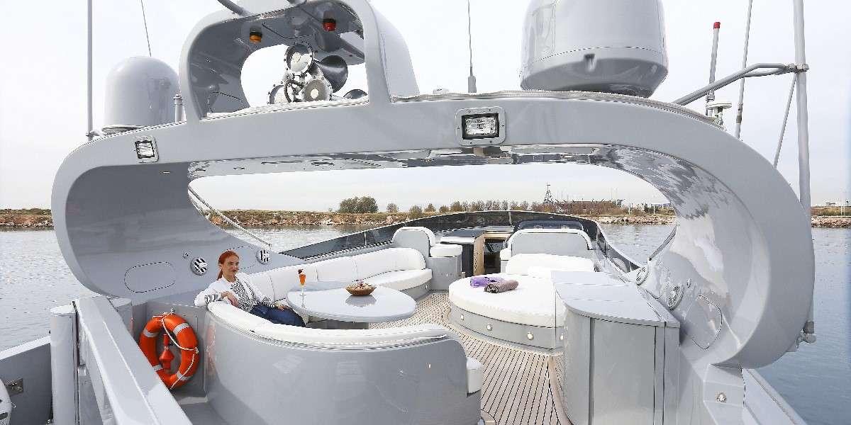 motor yacht IF