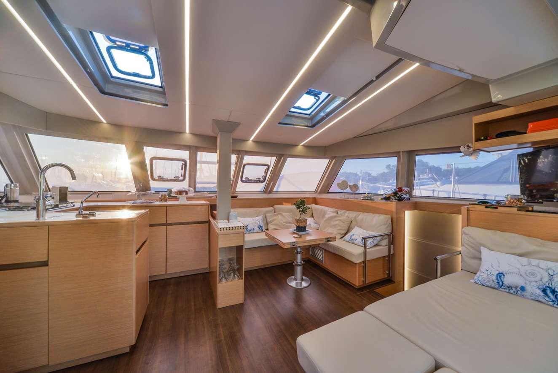 Catamaran Charter Odyssey
