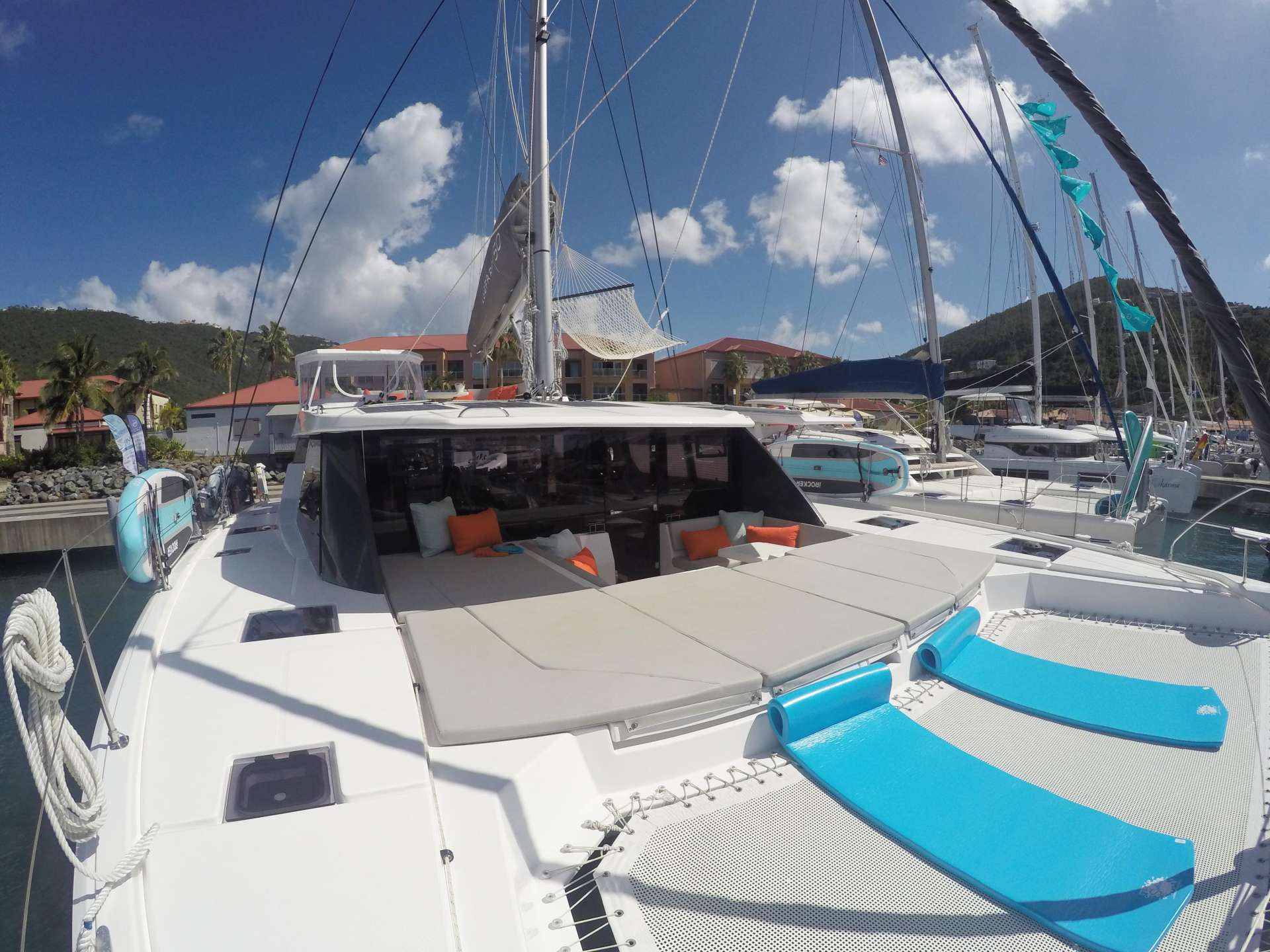 MOON BLOSSOM yacht image # 13