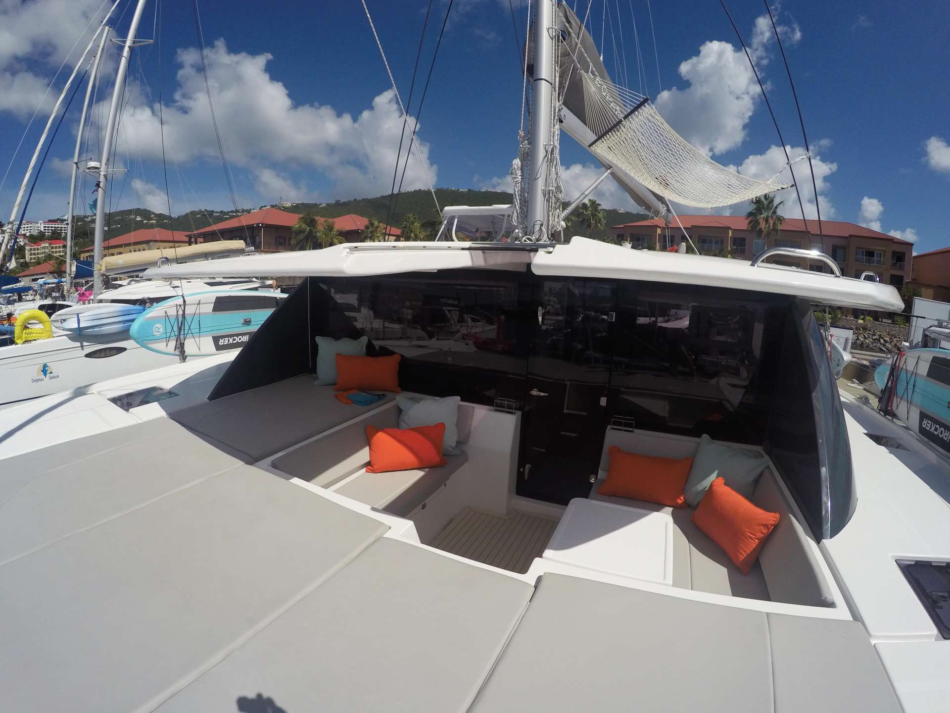 MOON BLOSSOM yacht image # 18