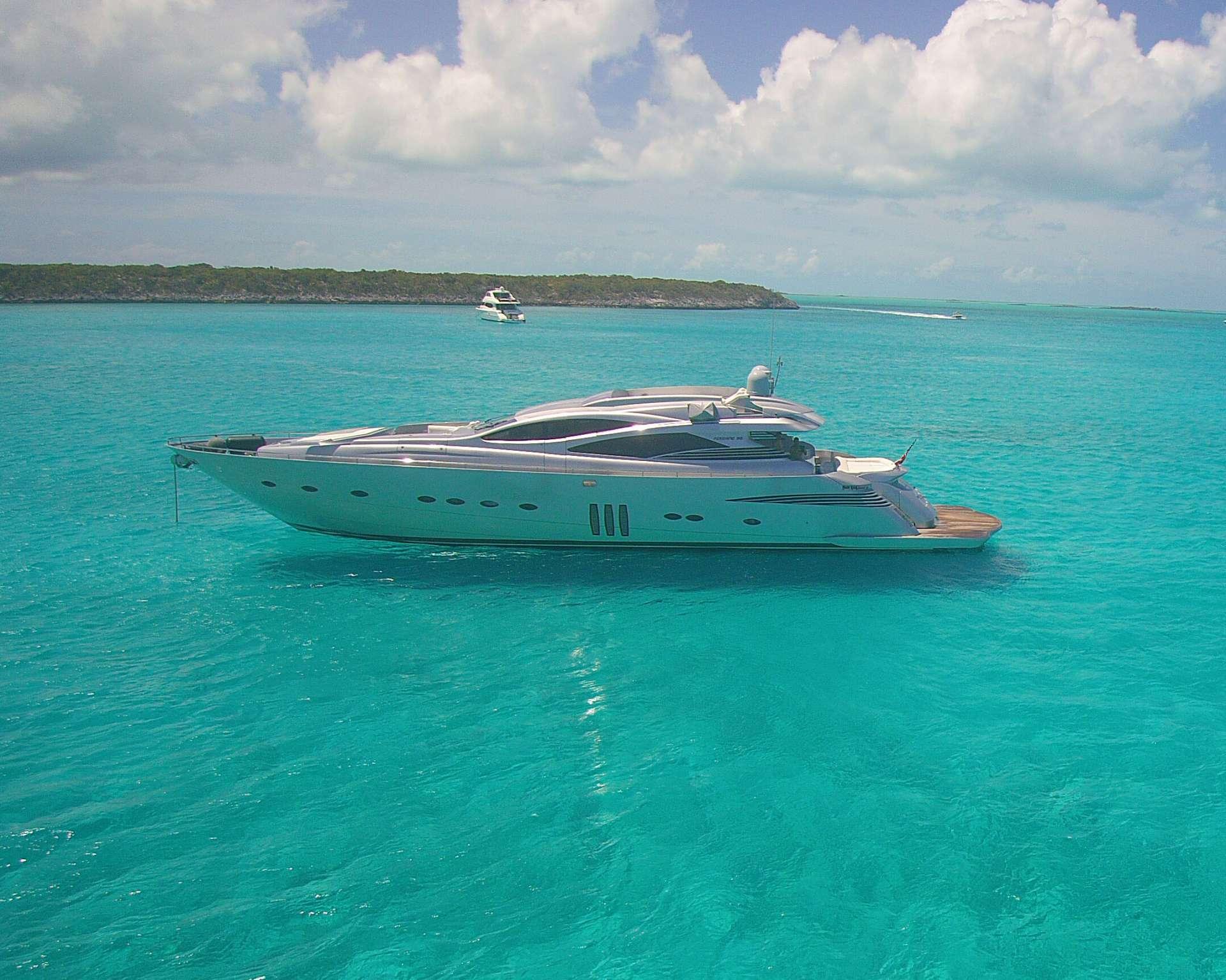 motor yacht YCM 90