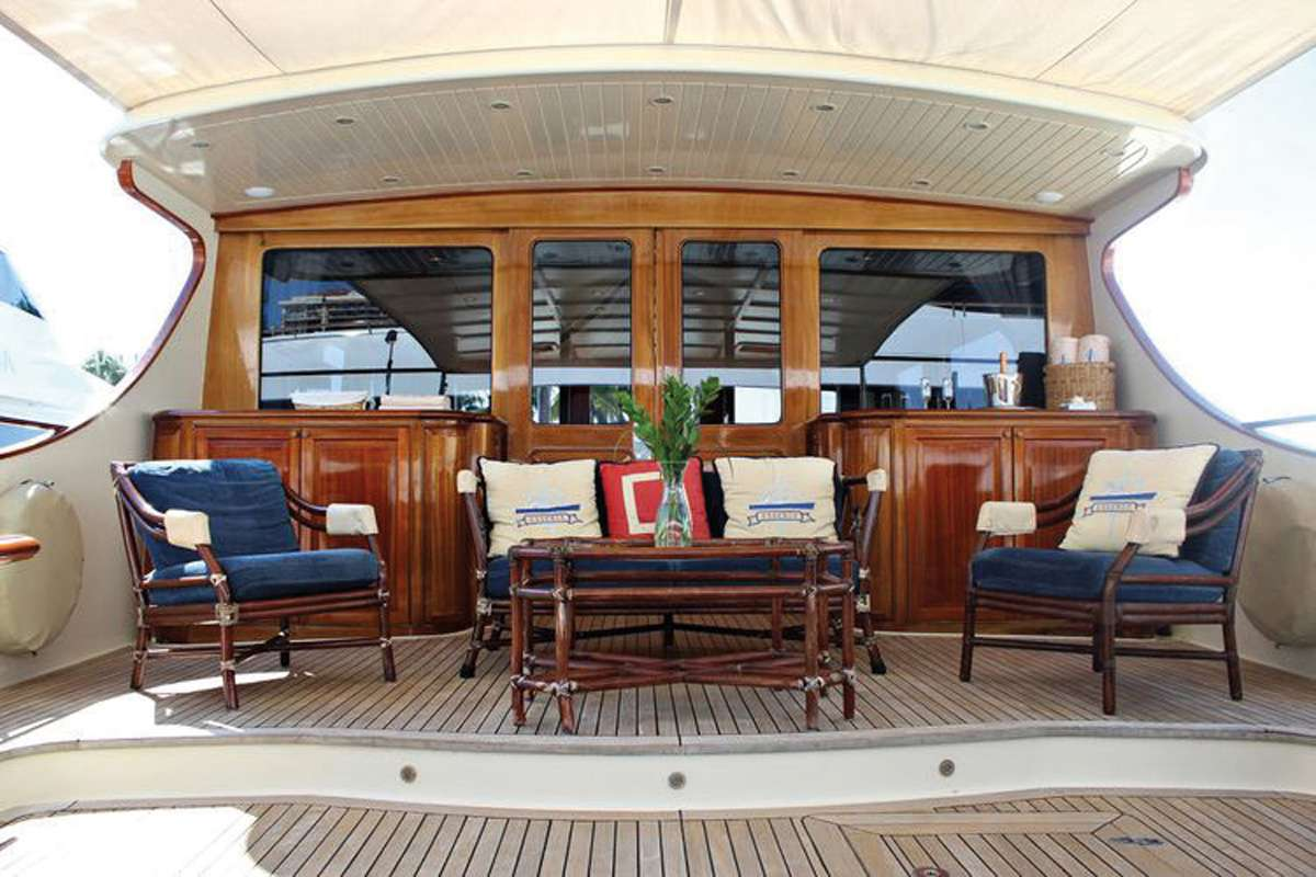motor yacht ESSENCE OF CAYMAN