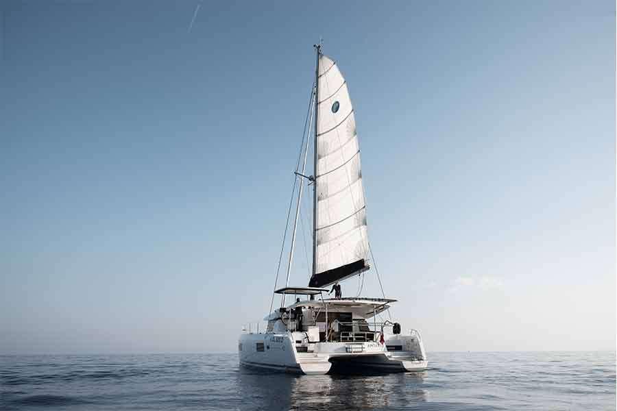 Catamaran Charter Antares