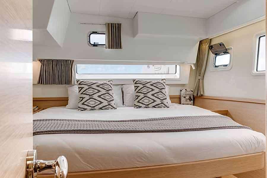 Antares Yacht Vacation