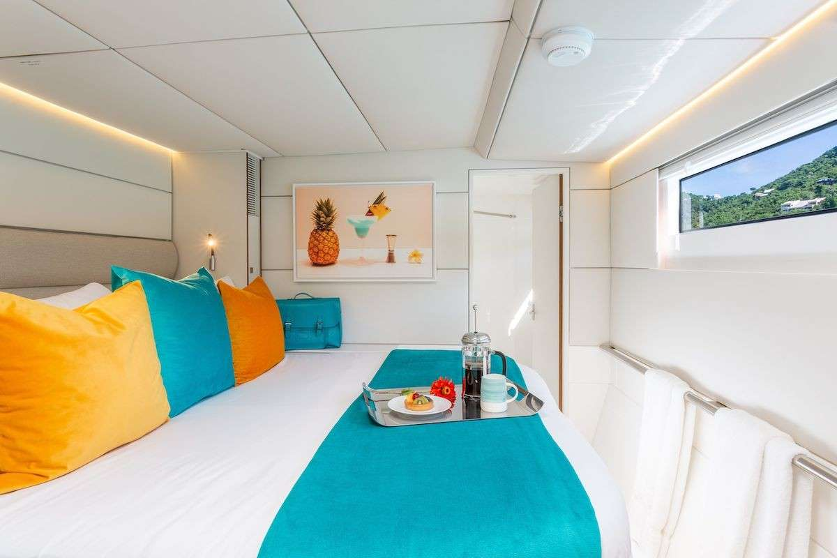 Voyage 590 Yacht Vacation