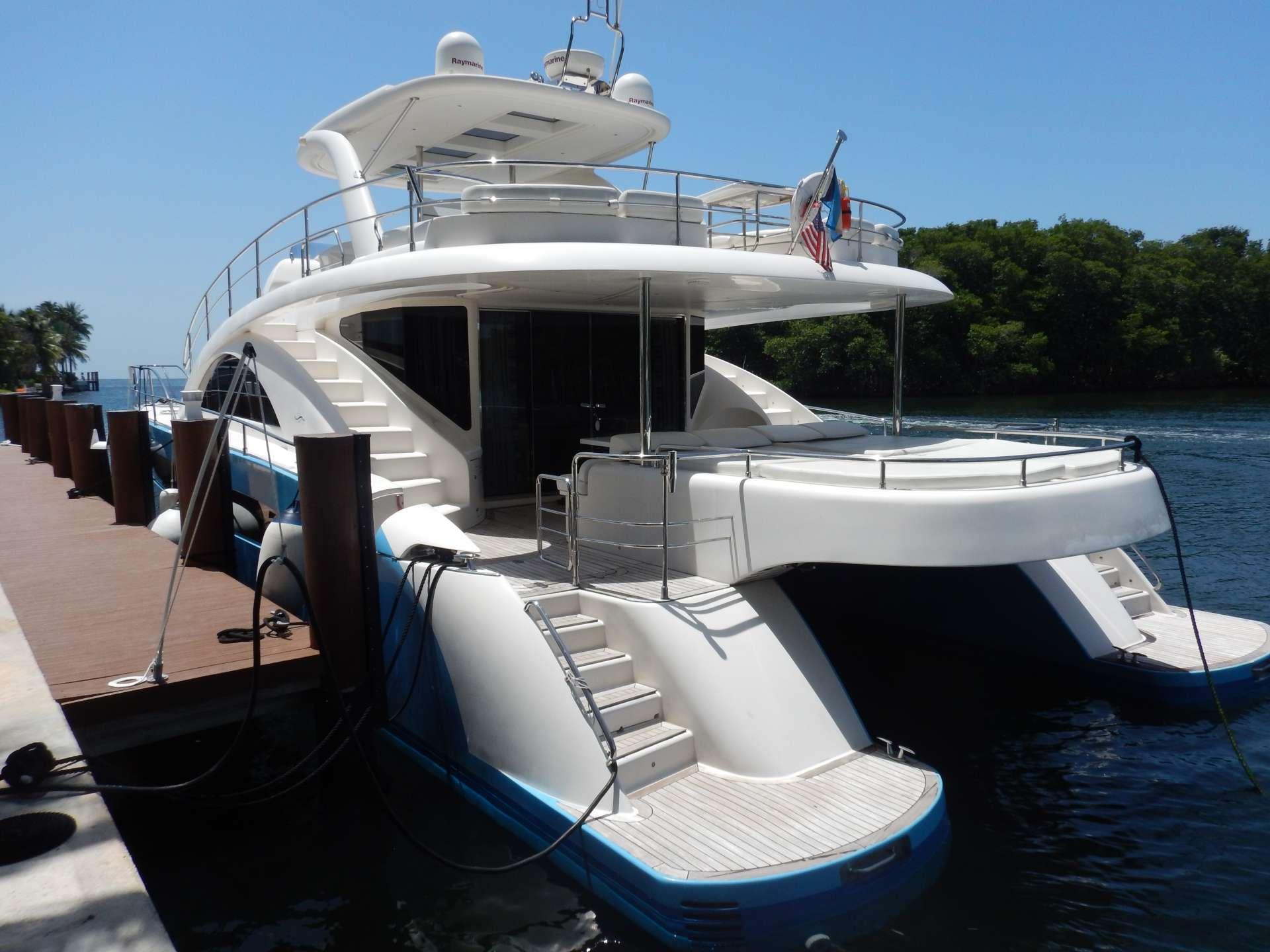 Catamaran Charter Magic Star