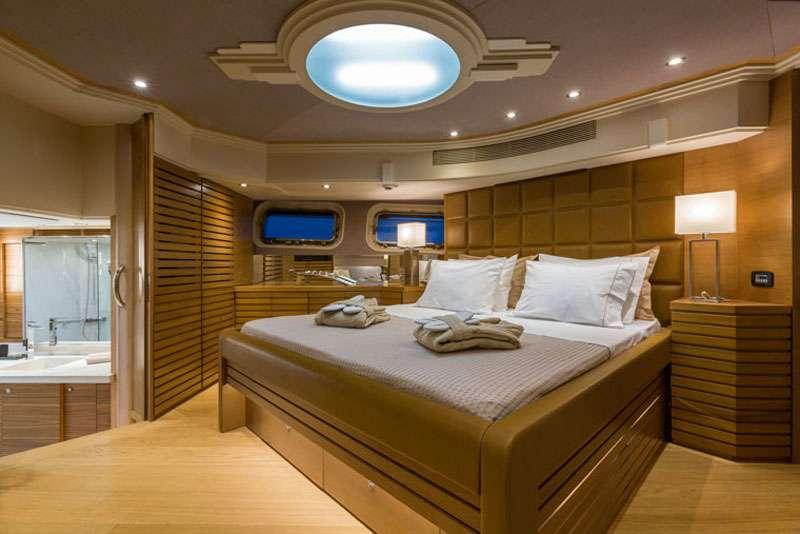 motor yacht AQUARELLA