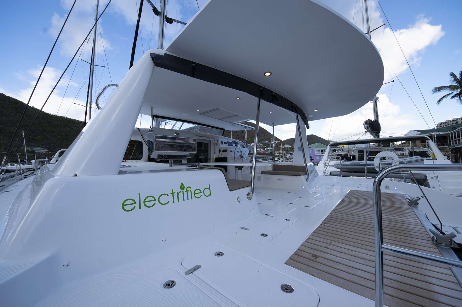 Catamaran Voyage 480 Electric