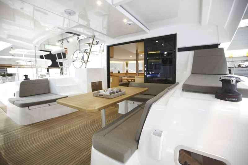 Yacht charter Lagoon 42 Nadir