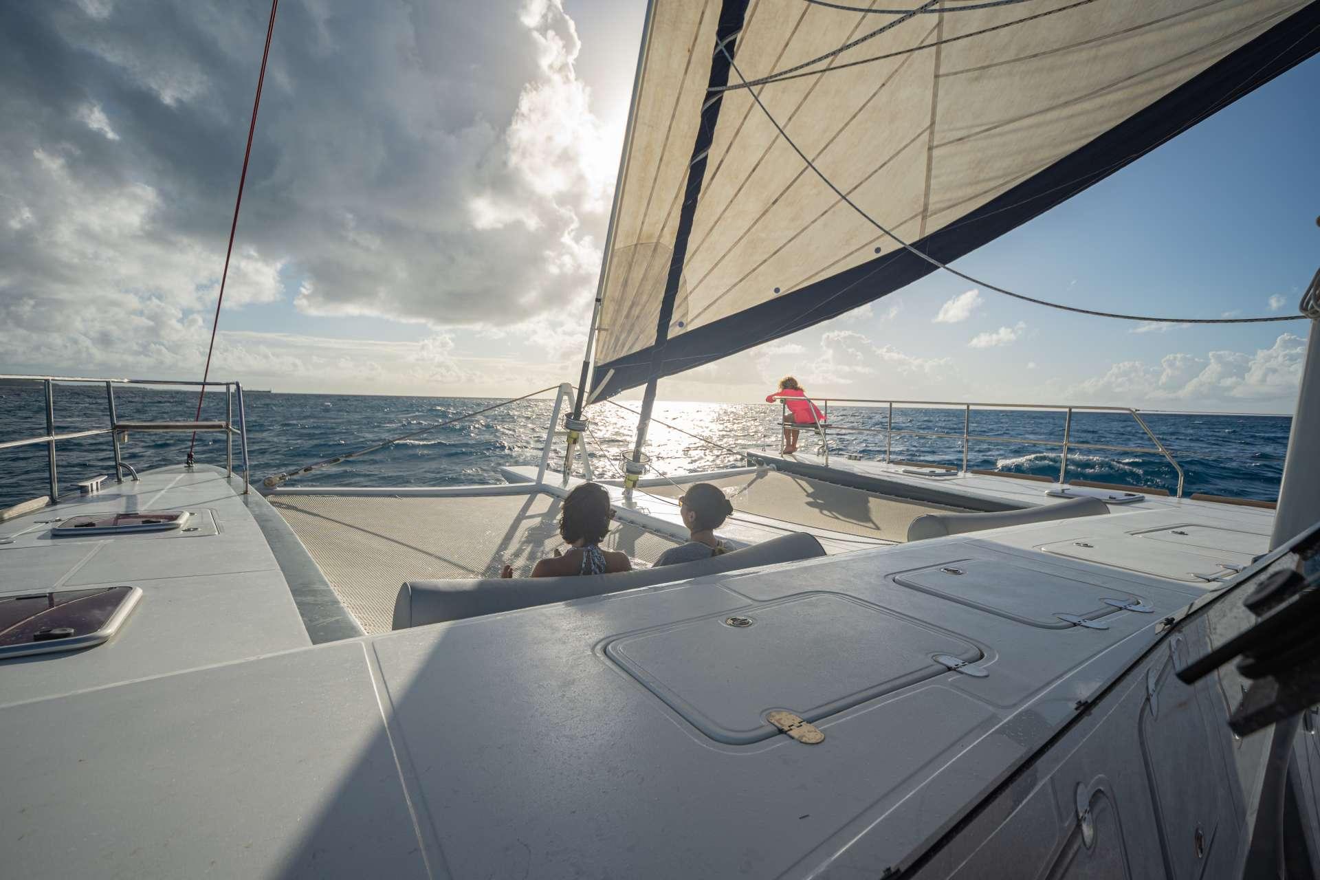Catamaran Charter Dolcevitacat