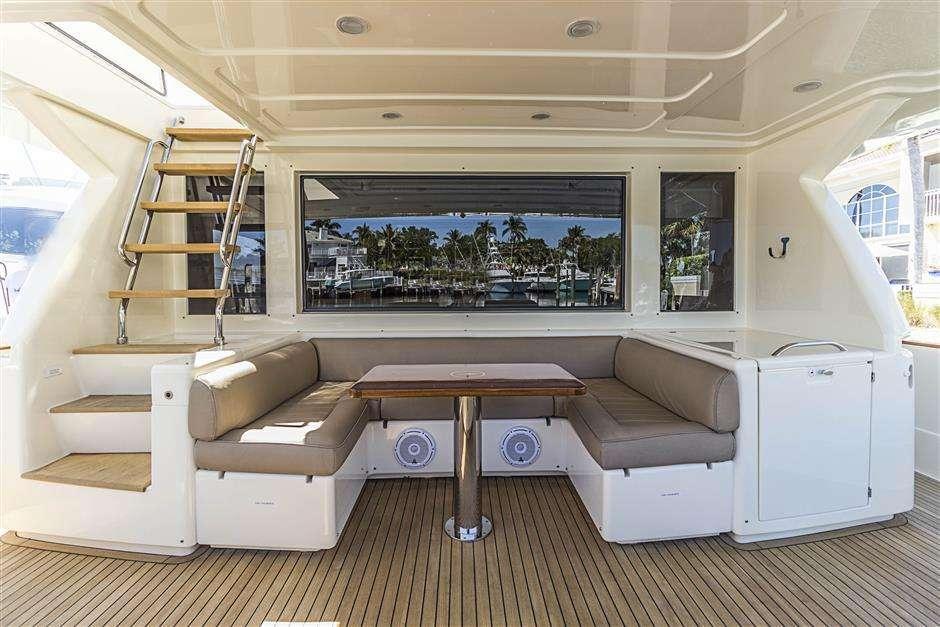 motor yacht NOMADA