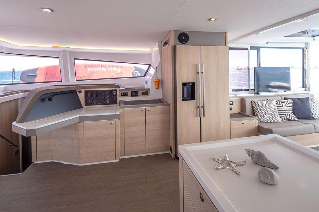 License to Chill yacht image # 13