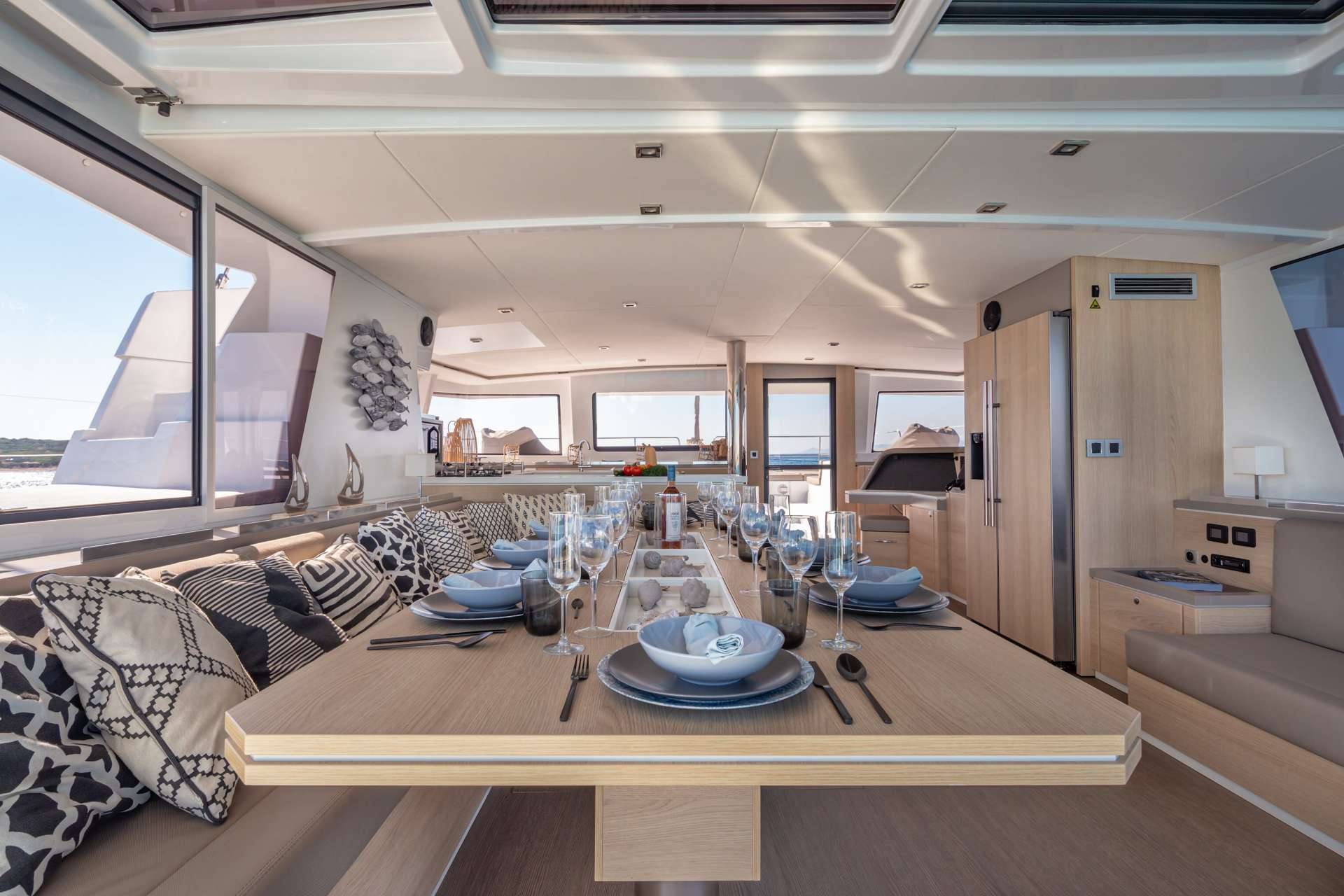 License to Chill yacht image # 1