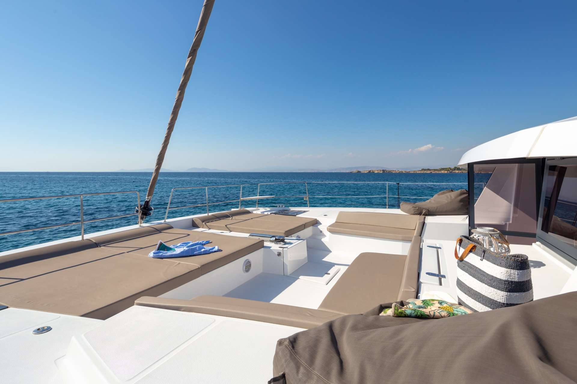 License to Chill yacht image # 3