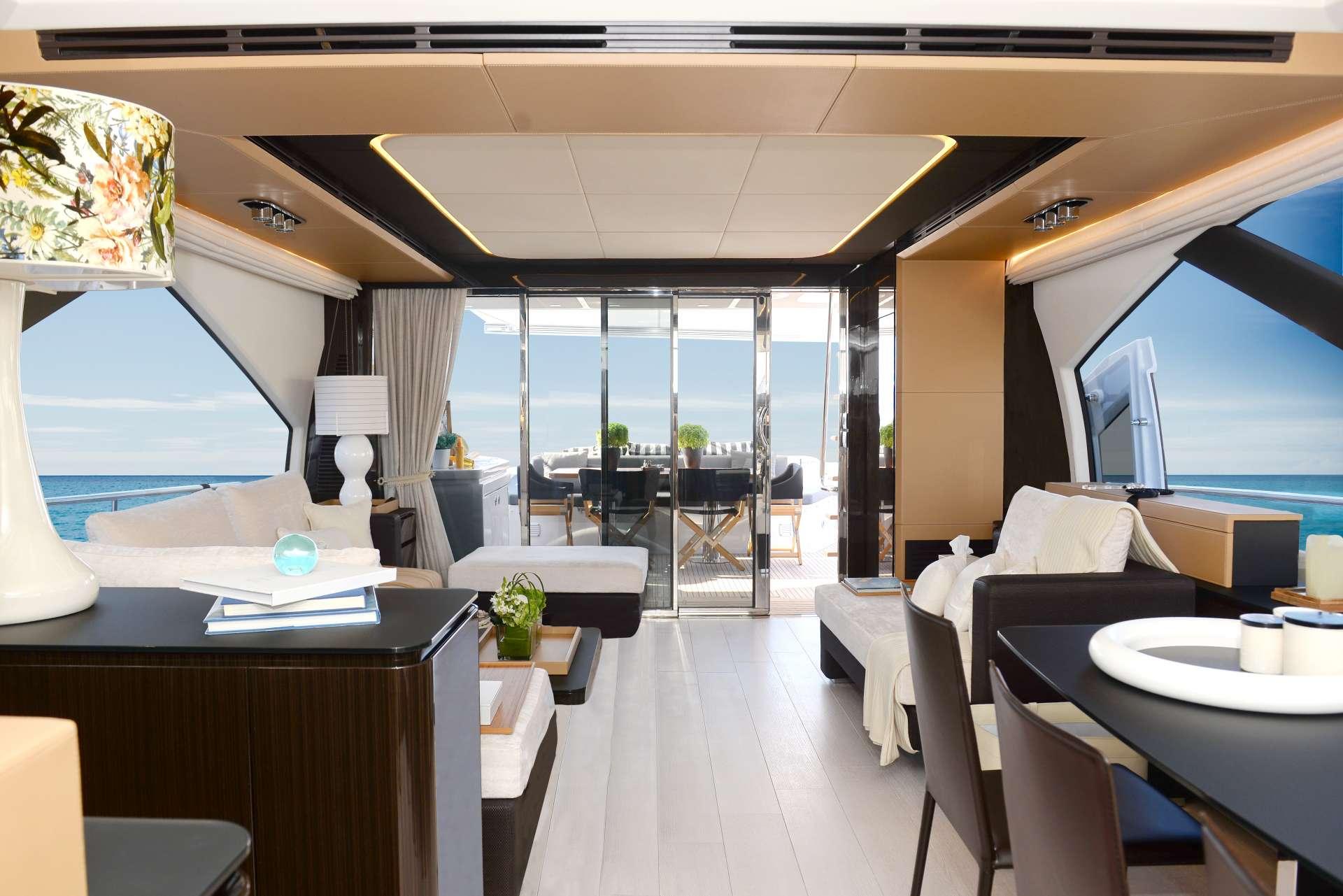 motor yacht MAKANI