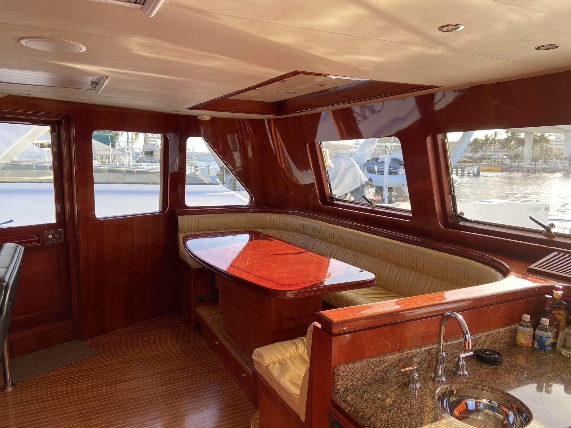 motor yacht JusMad