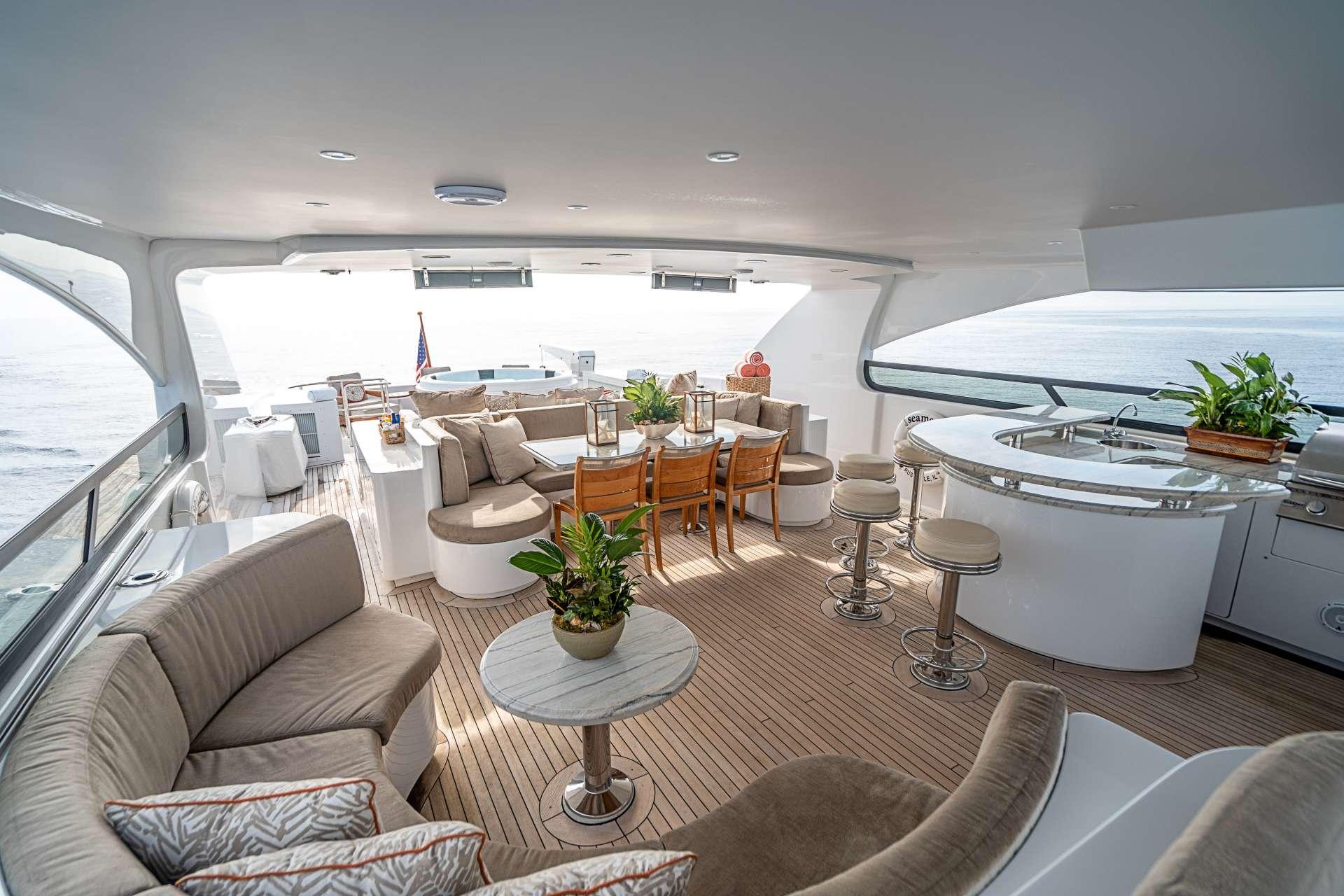 motor yacht DREAM