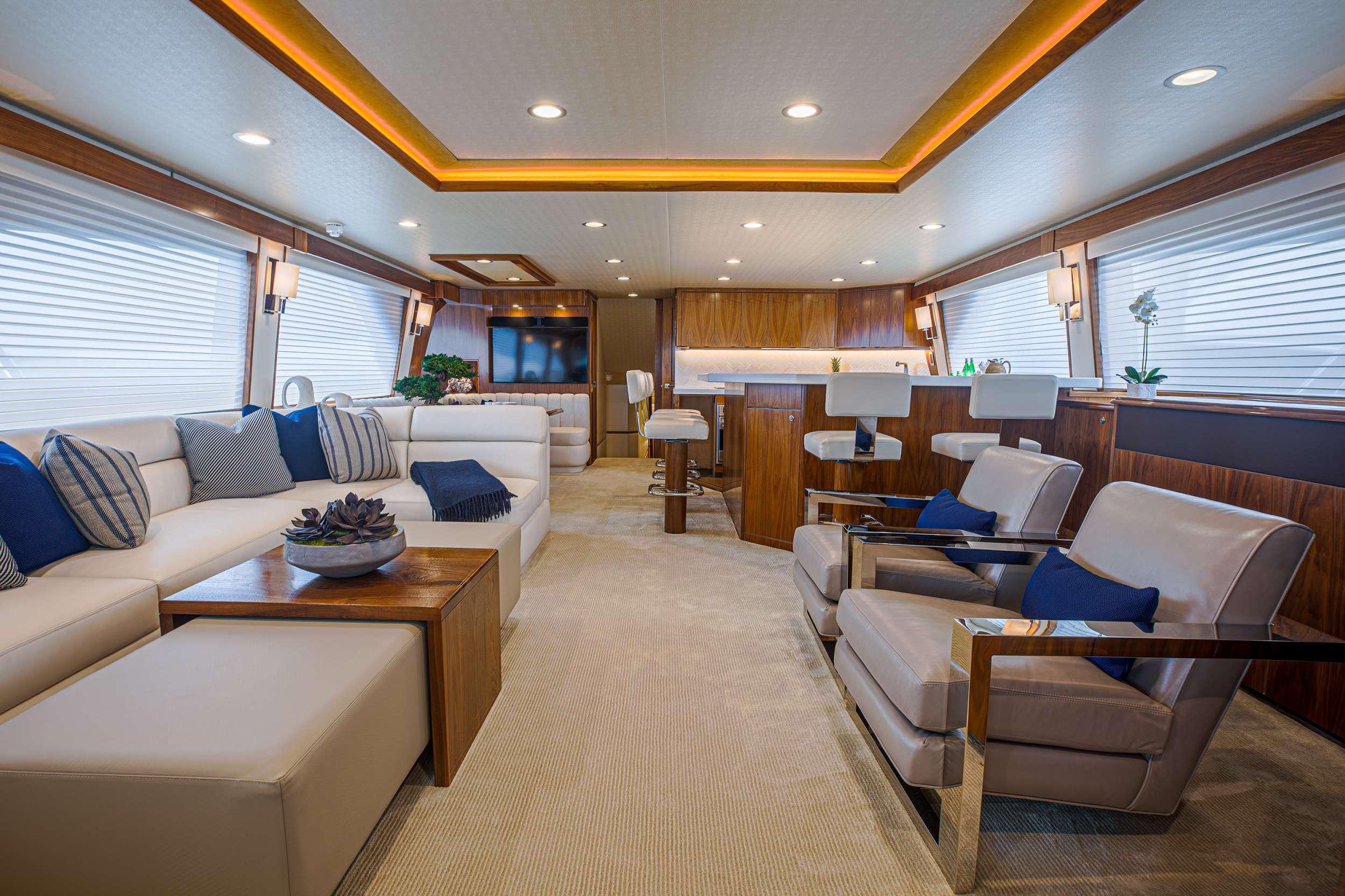 motor yacht SPECULATOR 92