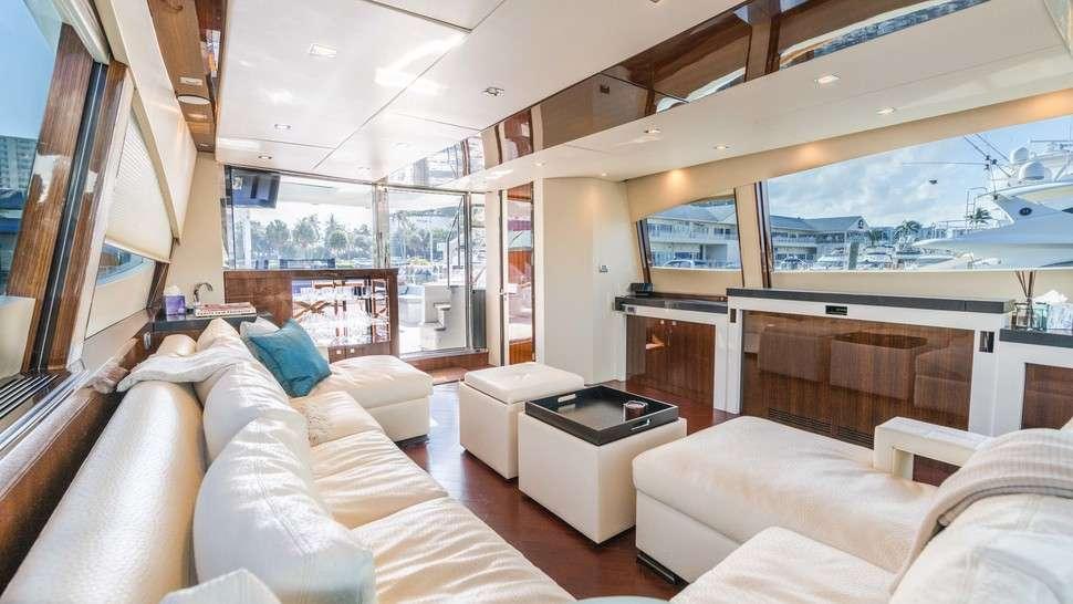 motor yacht HELIOS