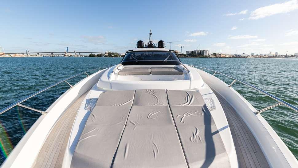 motor yacht 2 QUICK