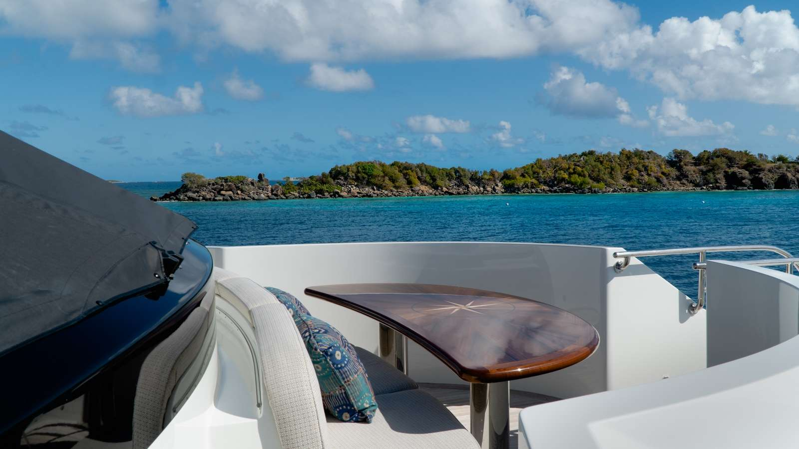 motor yacht PURE BLISS