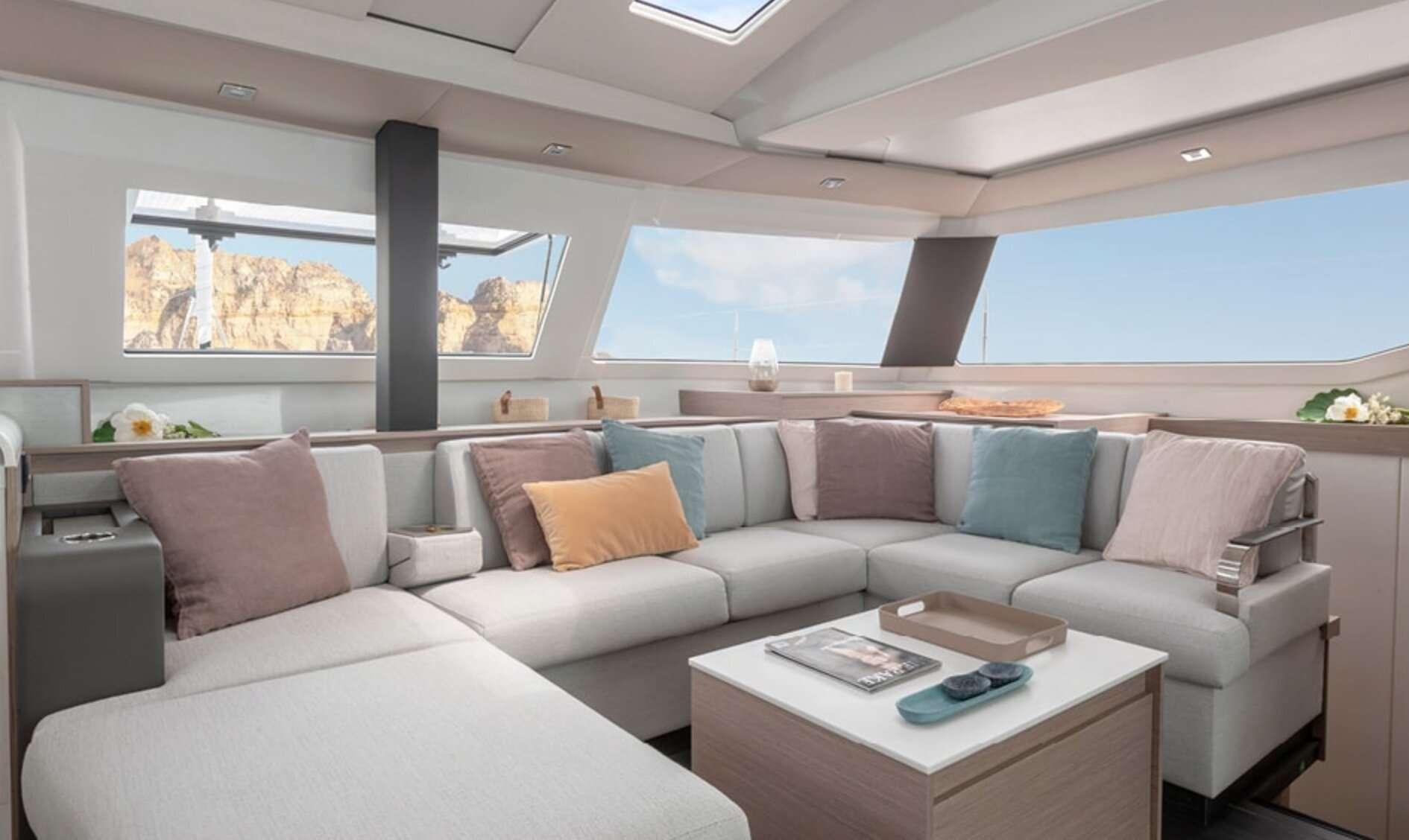 InDoses yacht image # 1