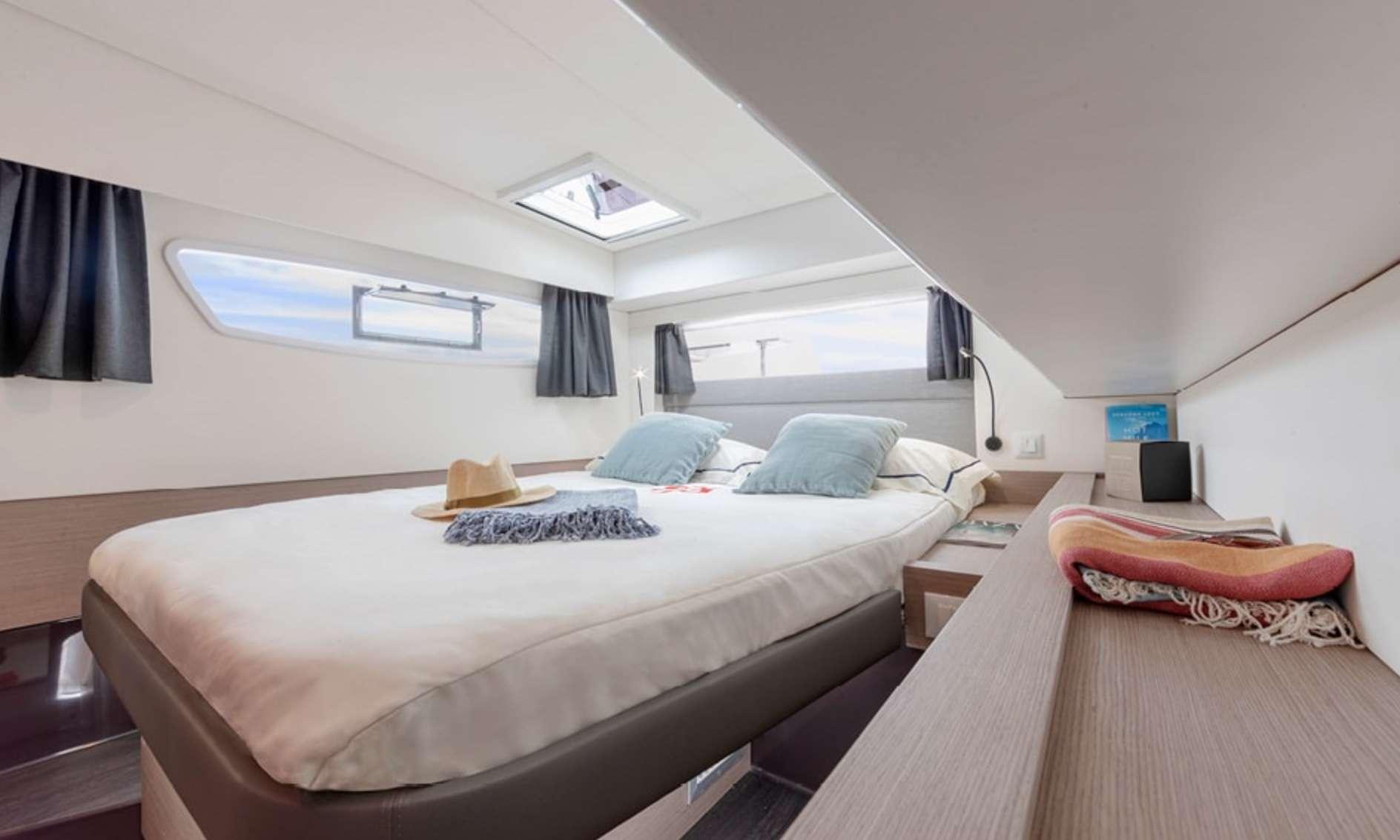 InDoses yacht image # 7