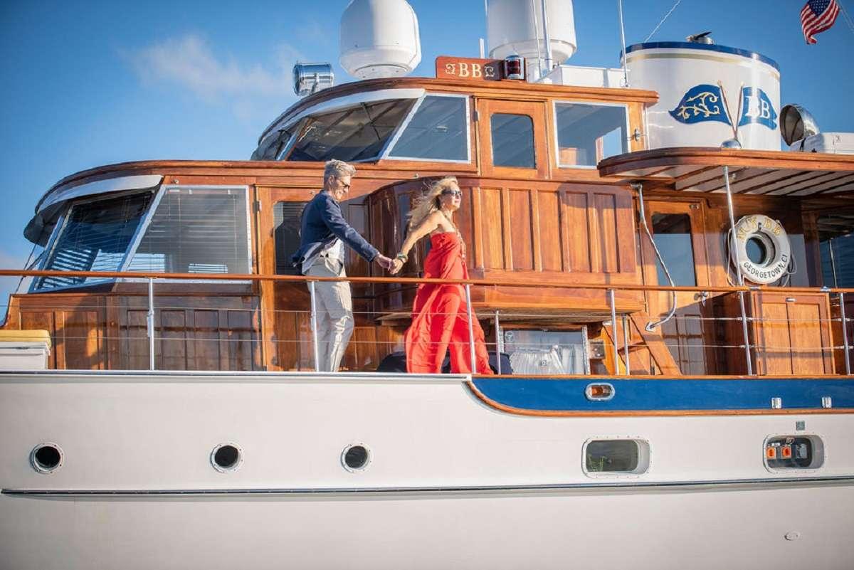 motor yacht BB