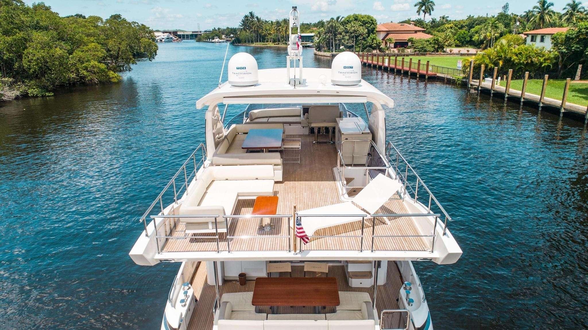 motor yacht No Name